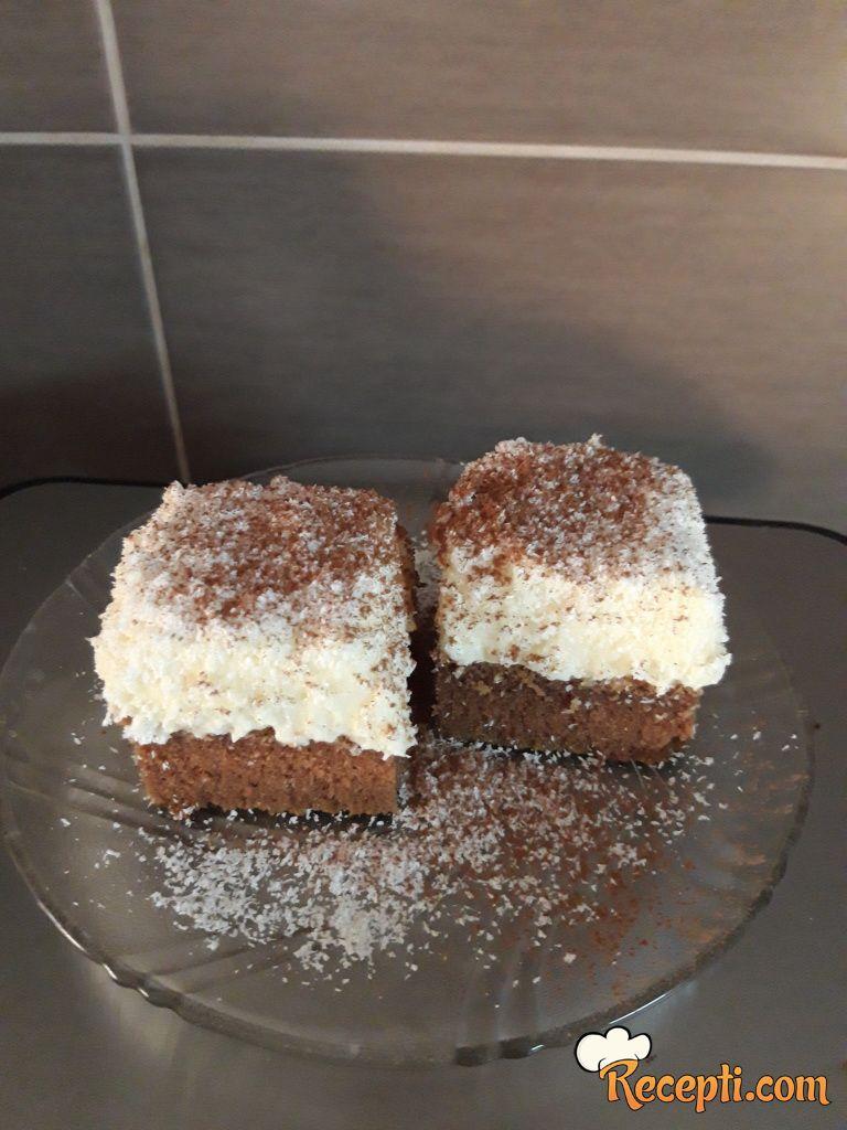 Kokos kremasti kolač