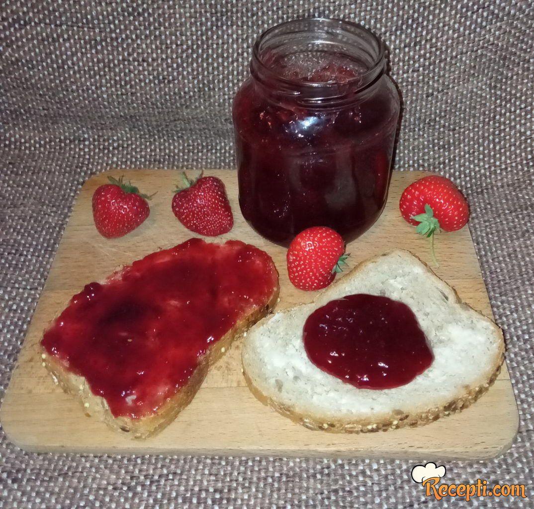 Džem od jagoda (14)