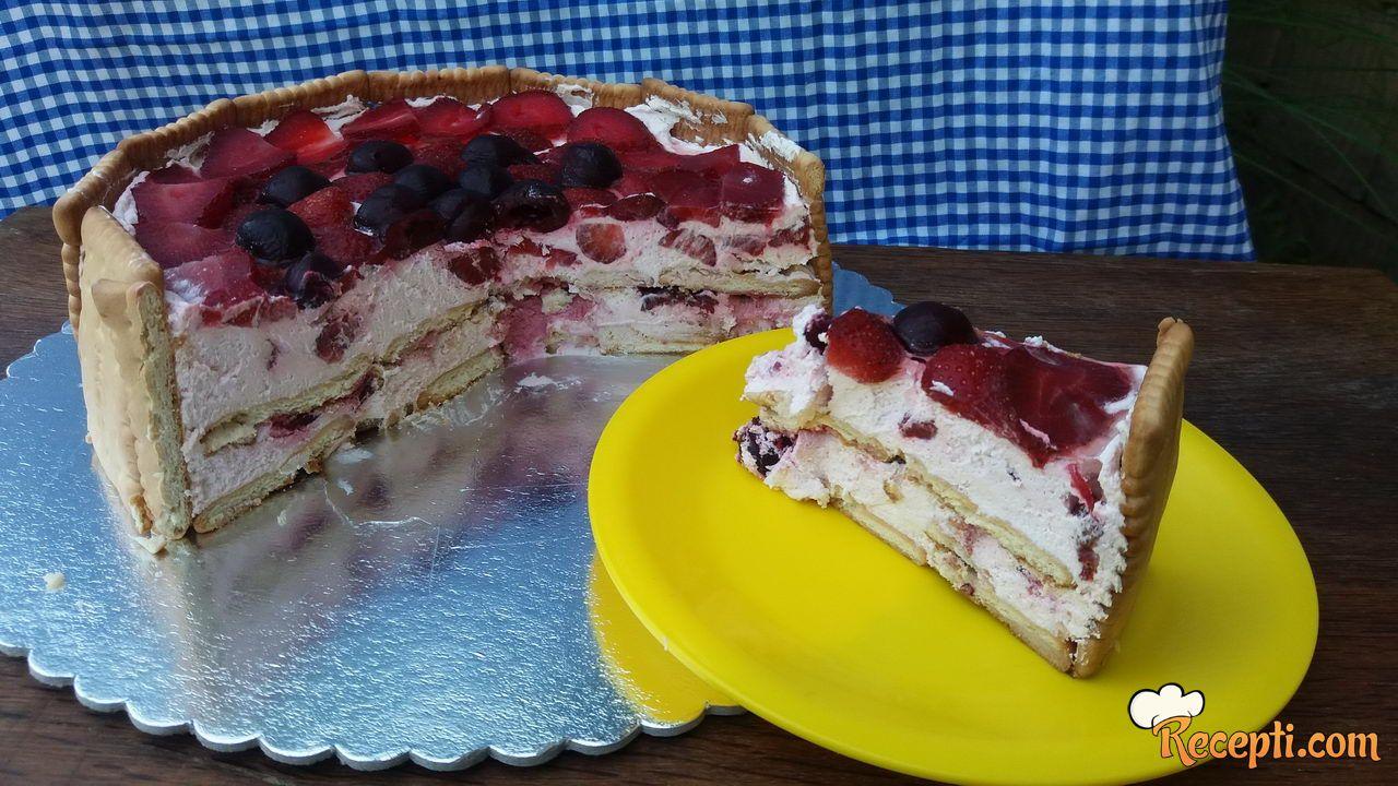Voćna keks torta bez margarina