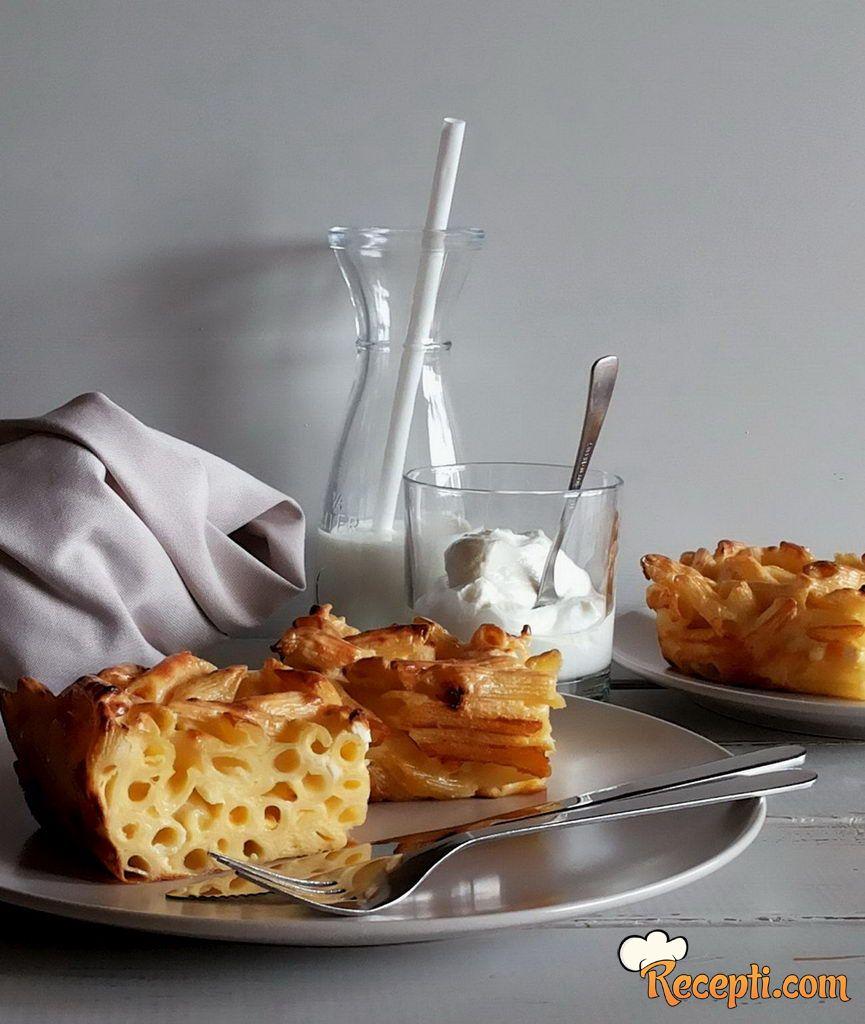 Zapečene makarone sa sirom