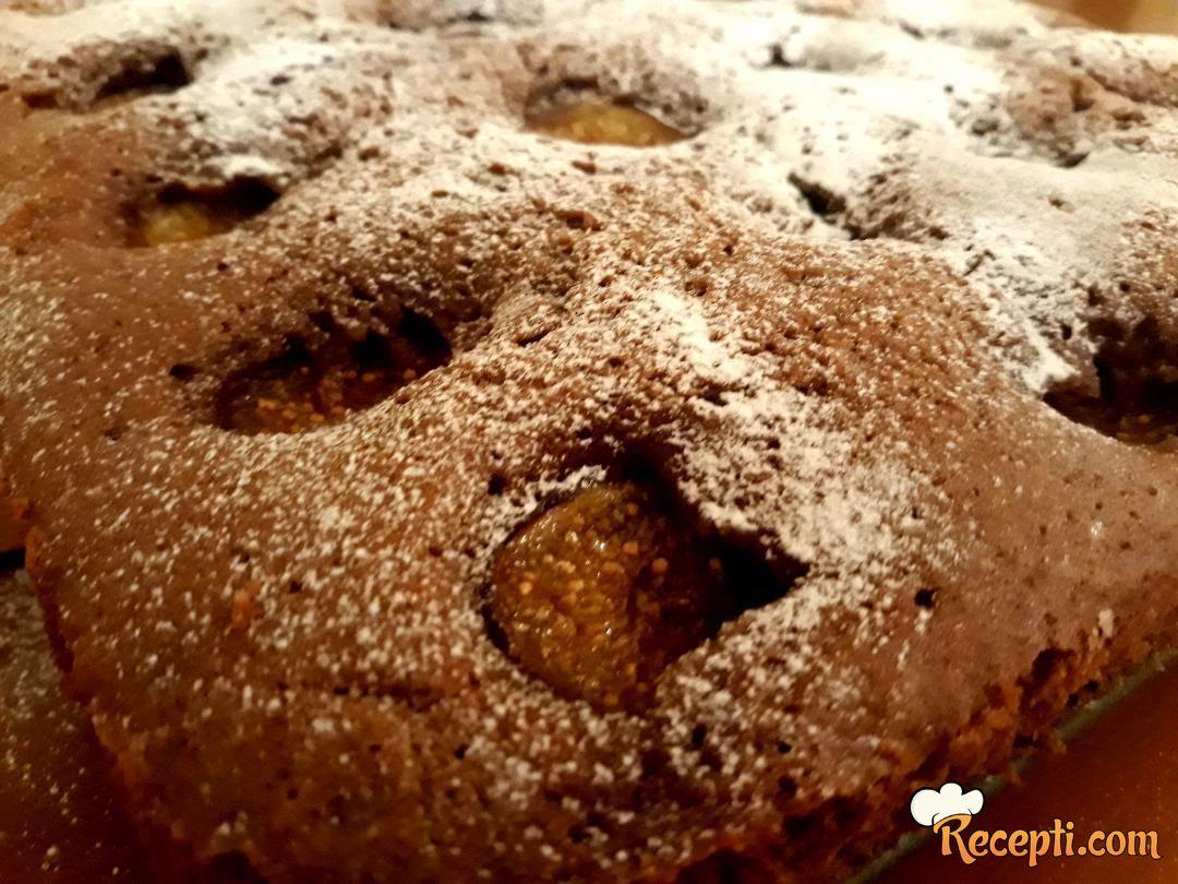 Medeni kolač sa smokvana