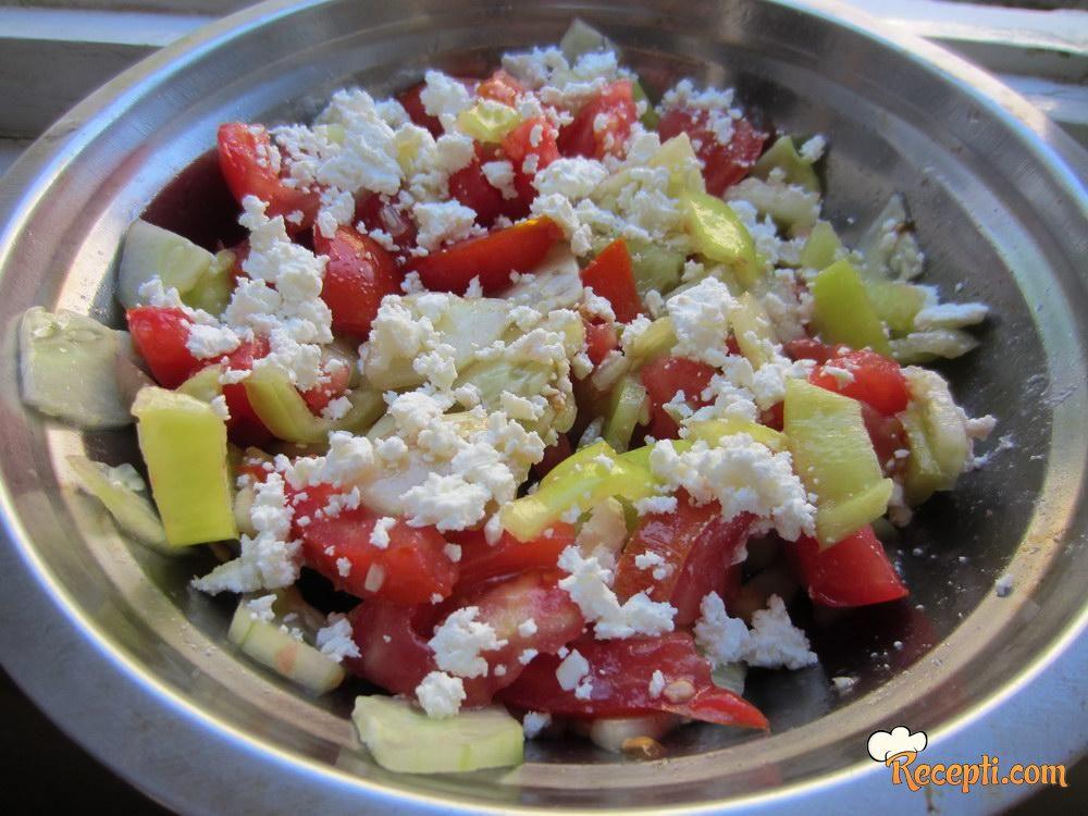 Letnja osvežavajuća salata