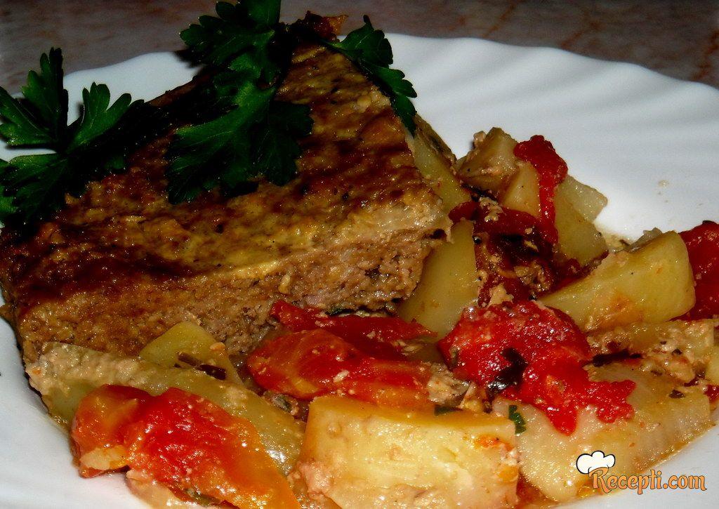 Faširana šnicla na povrću