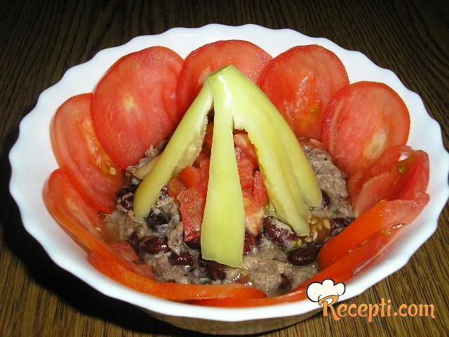 Pasulj salata