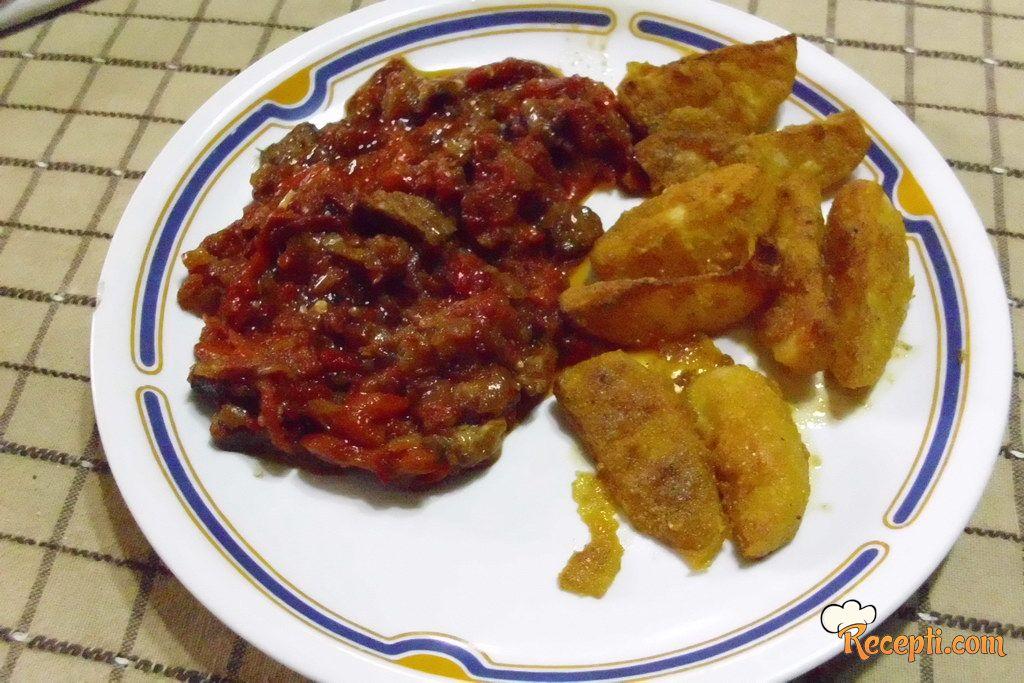 Leskovačka mućkalica od pečenih paprika sa hrustavim krompirom