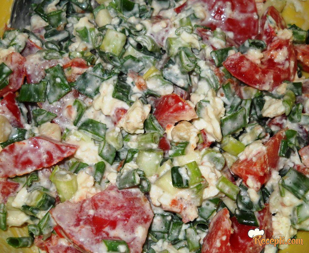 Salata od mladog luka
