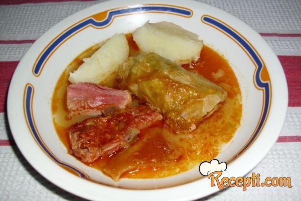 Bosanska Sarma Recept http://www.recepti.com/kuvar/glavna-jela/7657