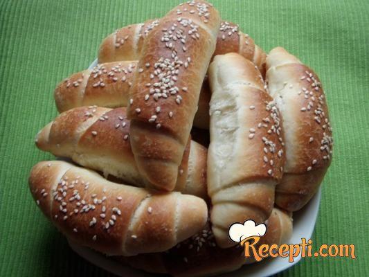 Recepti Za Kiflice SA Sirom http://www.recepti.com/kuvar/pite-i-testa