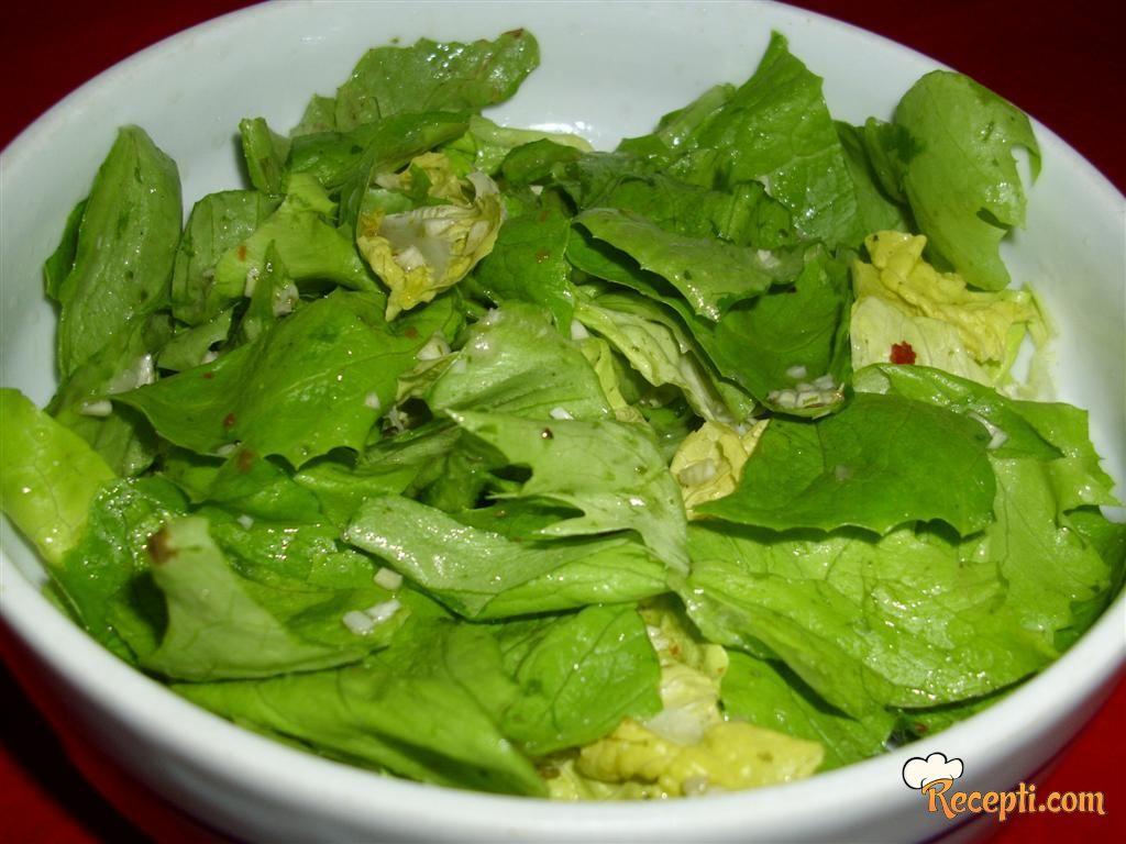 Začinjena zelena salata