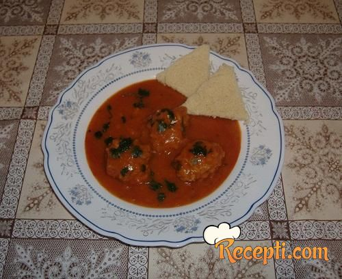 Juneće ćufte u paradajz sosu