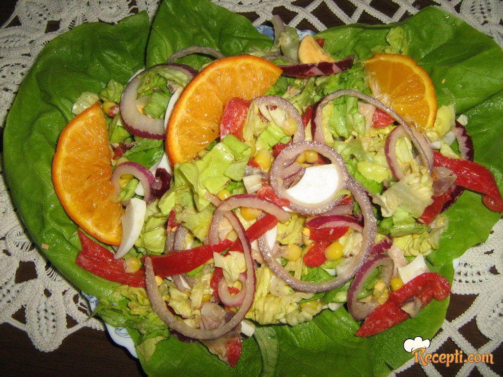 Salata sa ćuretinom